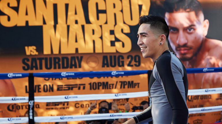 Photo gallery: Leo Santa Cruz-Abner Mares workout