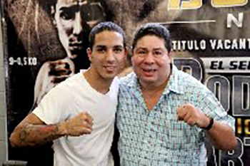 Emmanuel Rodriguez with Puerto Rican legend Wilfredo Gomez. Photo by Esdel Palermo
