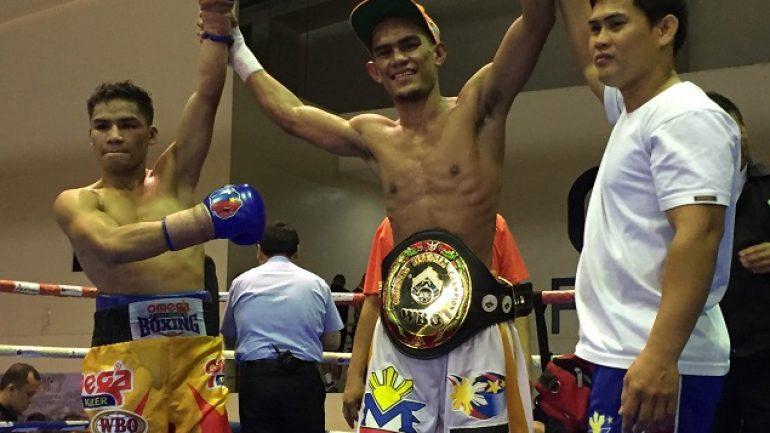 Palicte, Ancajas win in Manila; Cabalquinto suffers shock KO