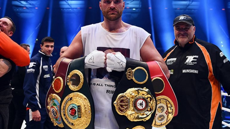 Tyson Fury named RING Fighter of the Year for 2015