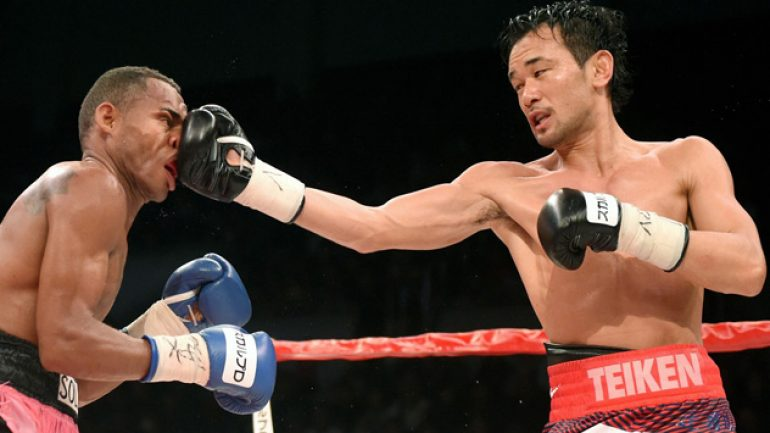 Yamanaka retains title after trading knockdowns with Solis