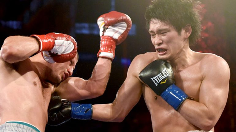 Photo gallery: Jesus Soto Karass vs. Yoshihiro Kamegai