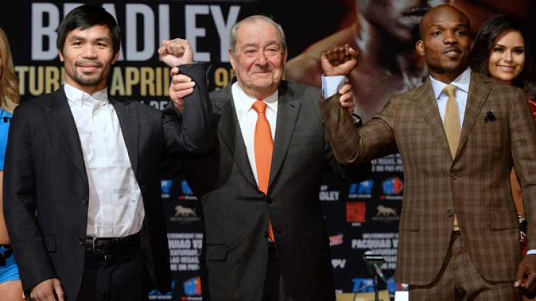 Bob Arum keeps politics center stage at 'No Trump Undercard' presser