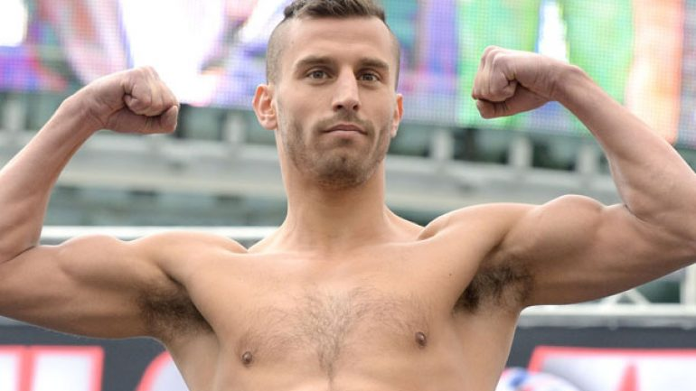 David Lemieux knocks out Glen Tapia in the fourth round