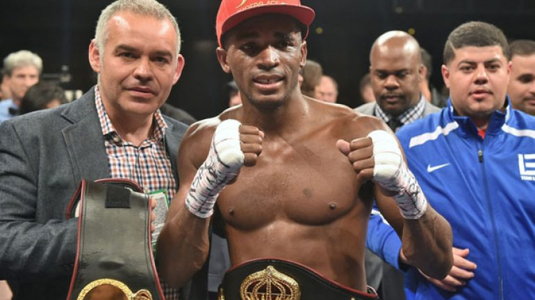 Erislandy Lara wins ugly rematch with Martirosyan by UD