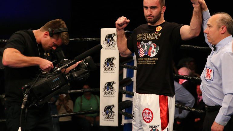 Murat Gassiev starches Jordan Shimmell in one