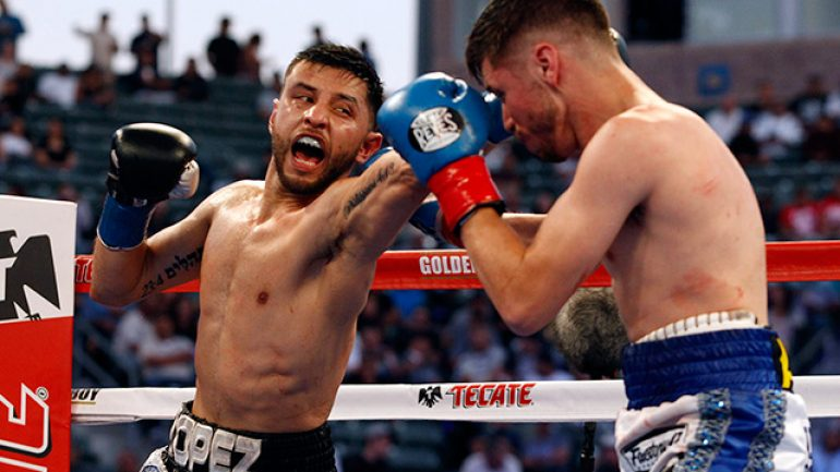 Abraham Lopez wins controversial decision against Julian Ramirez