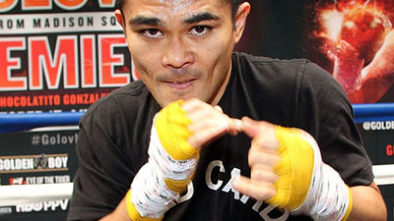 "Brian Viloria stops Miguel Cartagena on ""SuperFly"" undercard"