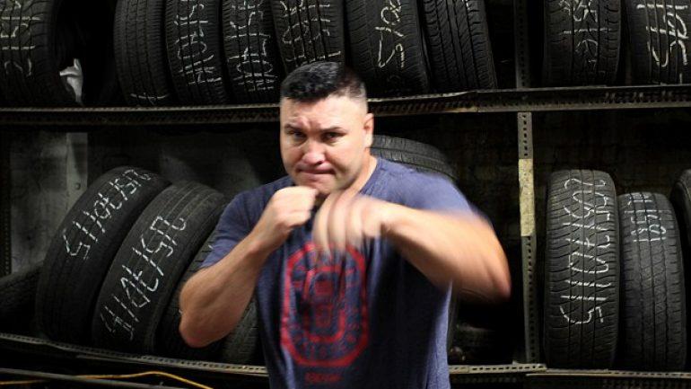 Bobby Gunn vs. Mike Tyson in a bare-knuckle brawl?