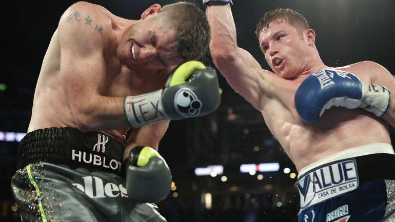Canelo Alvarez vs. Liam Smith by Tom Hogan – Hoganphotos/GBP
