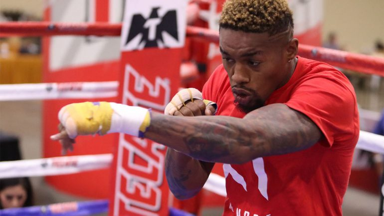Willie Monroe Jr. wins decision against Rosado