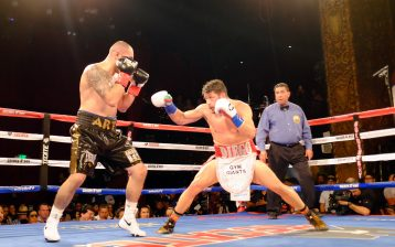 Diego Magdaleno (R) kept his career alive in the red-hot lightweight division with a hard-fought but one-sided 10-round unanimous decision over gatekeeper Art Hovhannisyan on Oct. 7, 2016, at Belasco Theatre in Los Angeles. Photo / Golden Boy Promotions