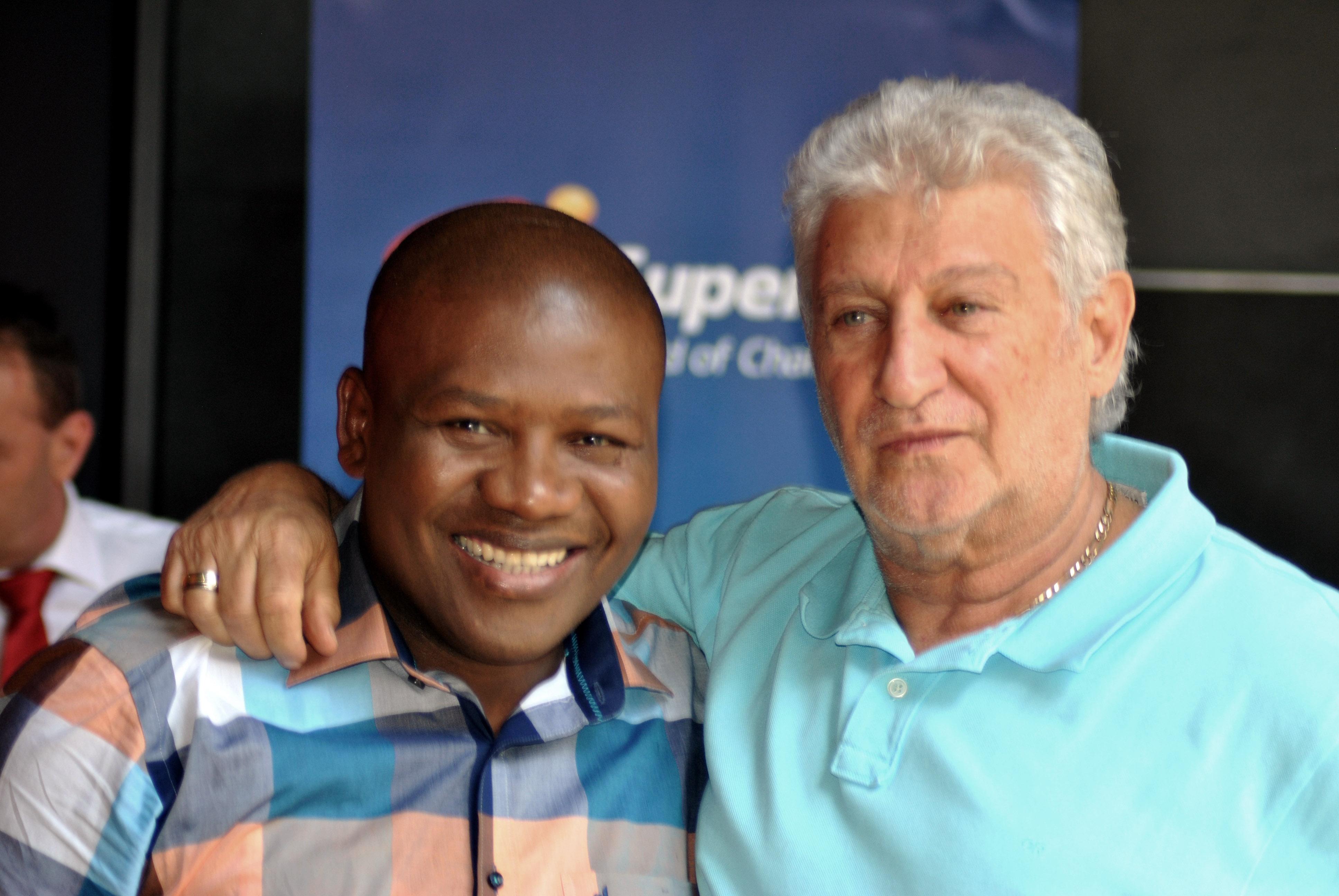 Vuyani Bungu and Golden Gloves Promotions CEO Rodney Berman