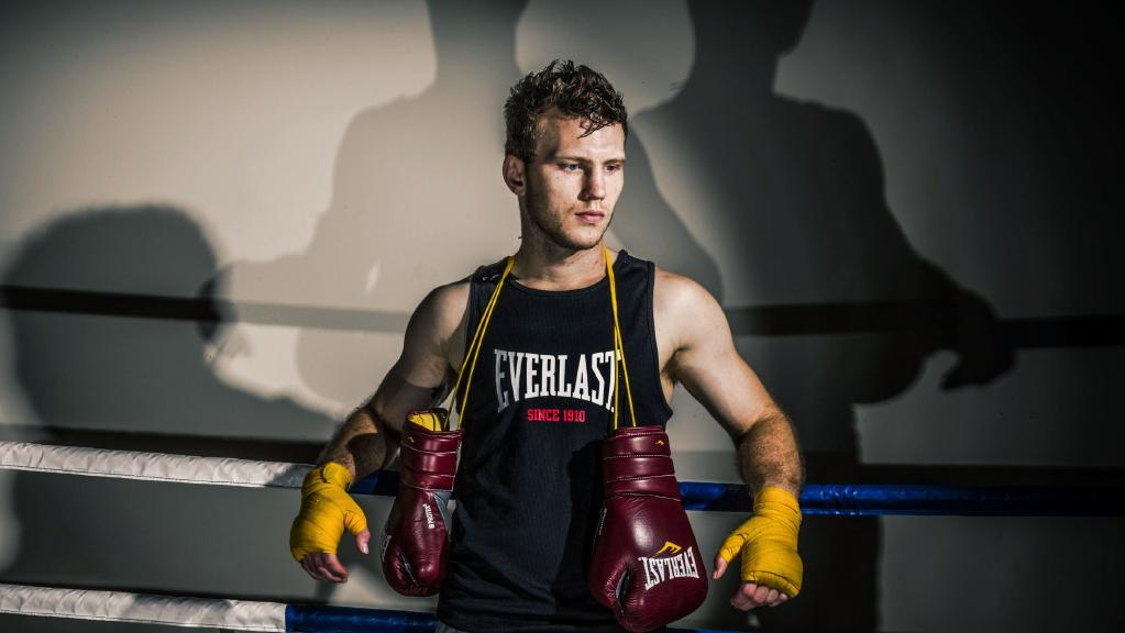 39 jeff who 39 jeff horn on why he deserves to fight pacquiao. Black Bedroom Furniture Sets. Home Design Ideas