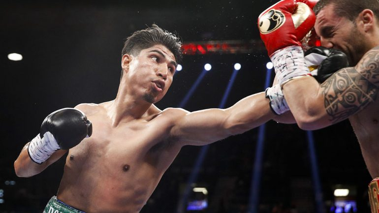 Mikey Garcia stole the show