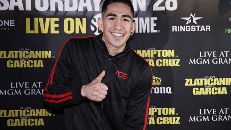 Watch: Leo Santa Cruz, Rafael Rivera make weight in LA