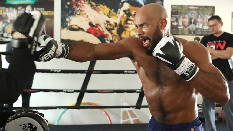 Gerald Washington prepares for Deontay Wilder