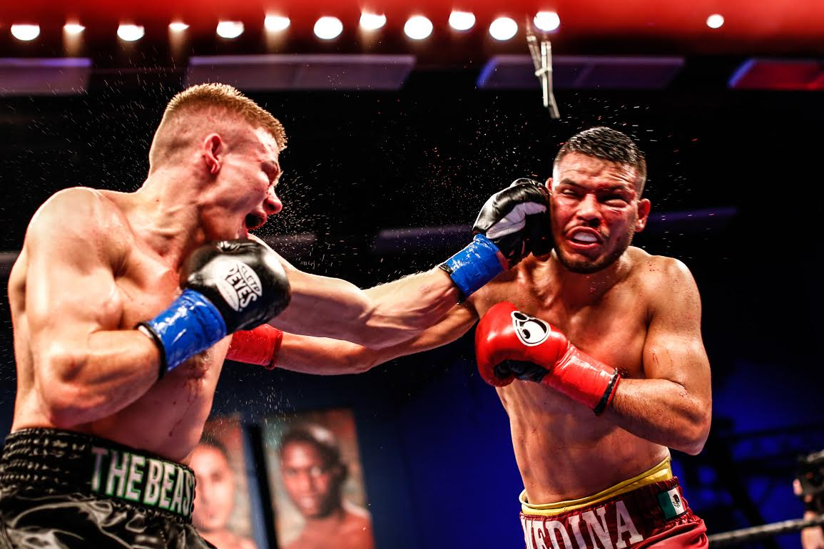 Ivan Baranchyk (left) vs. Abel Ramos. (Photo by Stephanie Trapp / Trapp Photos / Showtime)