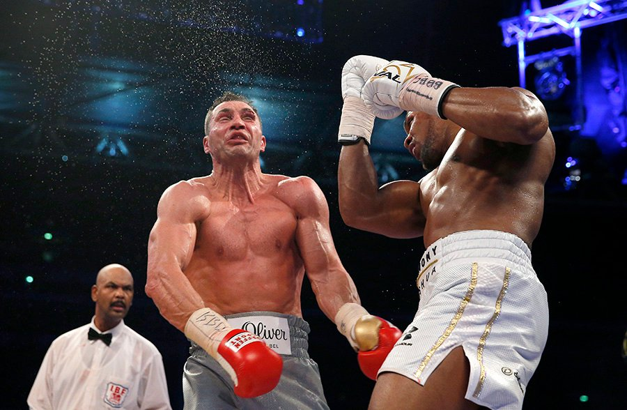 Joshua Klitschko opening shot aug 2017 - Dougie's Monday mailbag (Terence Crawford criticism, 'overrated' heavyweights)