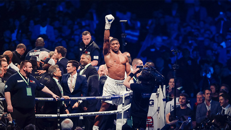Anthony Joshua became the heavyweight boss with his electrfying win