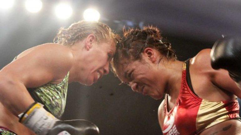 Guadalupe Martinez upsets Zulina Munoz, wins jr. bantam belt
