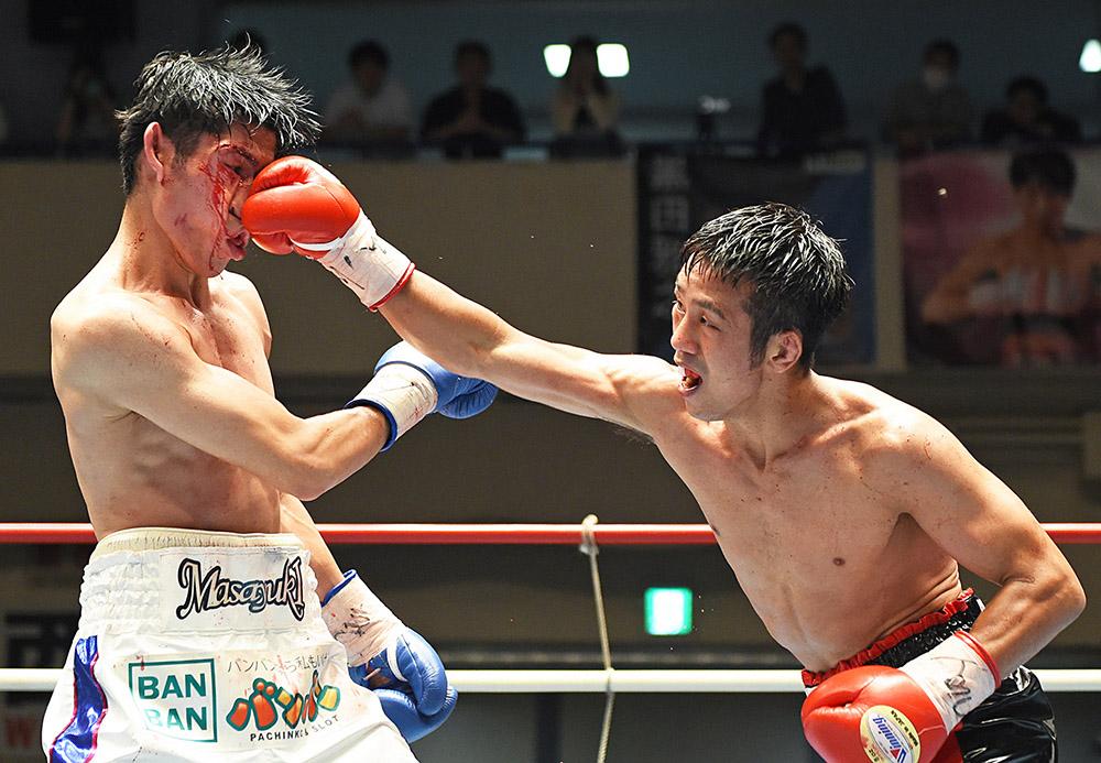 Masayuki Kuroda vs Takuya Kogawa photo by Naoki Fukuda 03 - Masayuki Kuroda: 'I have watched Moruti Mthalane's previous bouts, there is nothing tricky about his style'