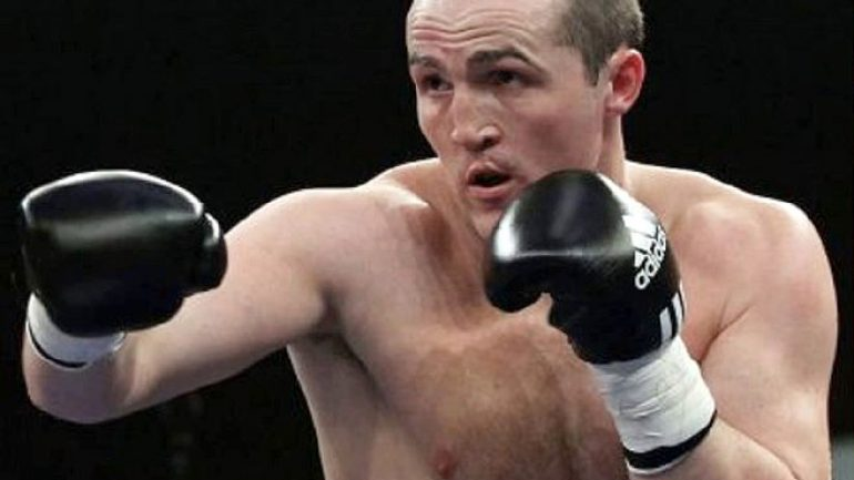 Lebedev retains title with wide decision over Flanagan
