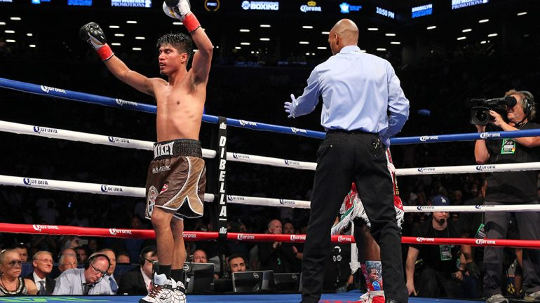 Mikey Garcia, Robert Easter Jr. agree to deal for July 28 unification title fight in L.A.