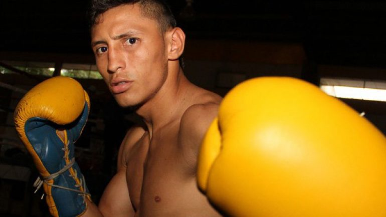 Felix Alvarado: 'My dream is to become world champion, regardless of who is in my way'
