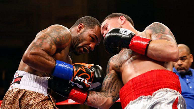 Yuandale Evans outpoints Luis Rosa via hard-fought split decision