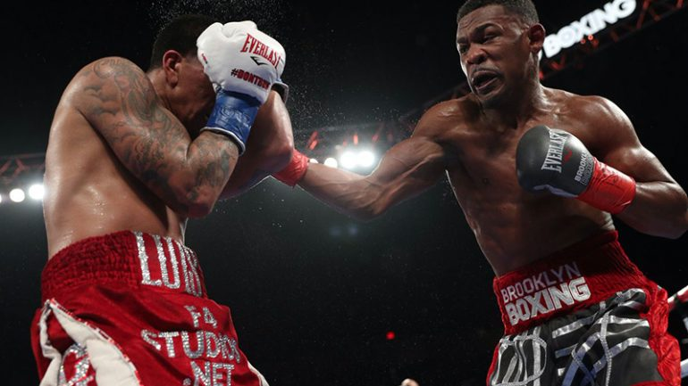 Danny Jacobs pounds reluctant Luis Arias to unanimous decision win
