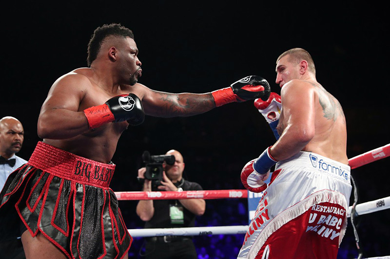 jarrell miller wears down mariusz wach stops him in round