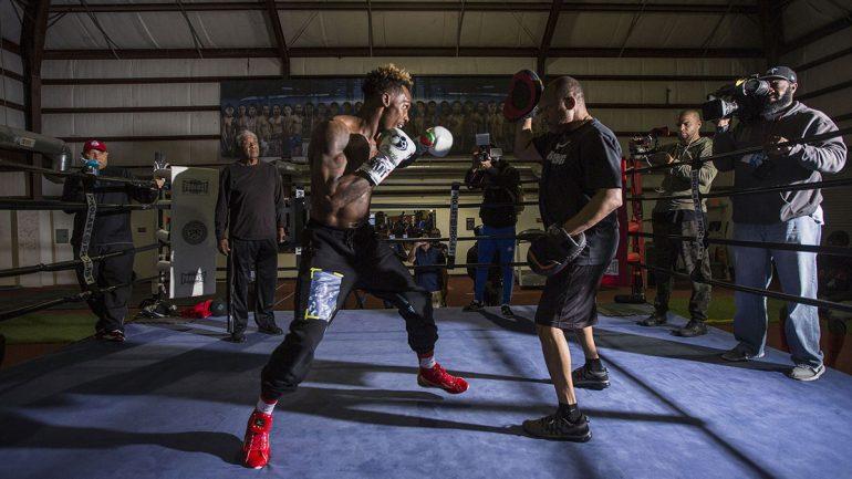 Photos: Jermall Charlo workout