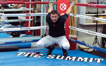 His opponent in doubt, Golovkin continued to train for May 5