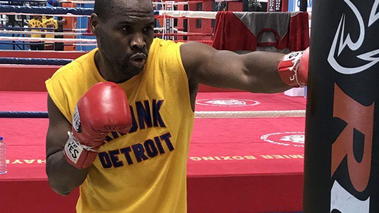 Adonis Stevenson trainer 'Sugar' Hill ensures victory over Oleksandr Gvozdyk