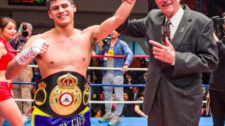 Danny Roman to face undefeated Moises Flores, on June 16