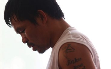 Manny Pacquiao prepares to enter the ring once again