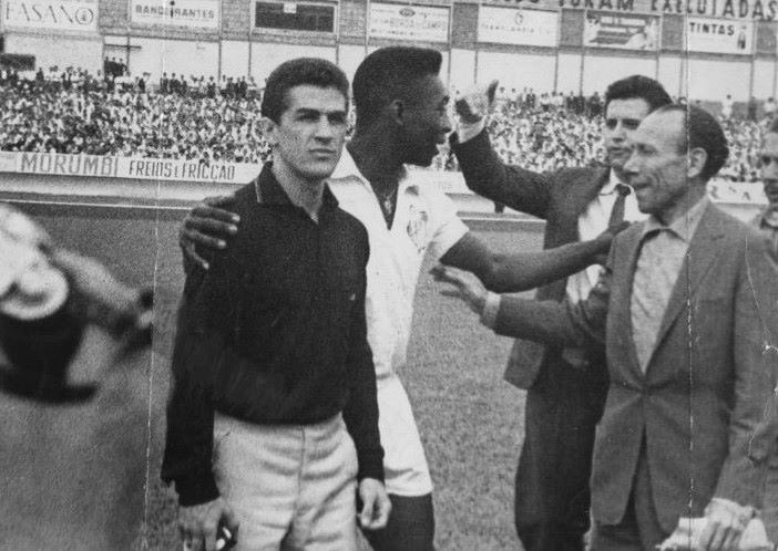 Eder Jofre and soccer legend Pele.