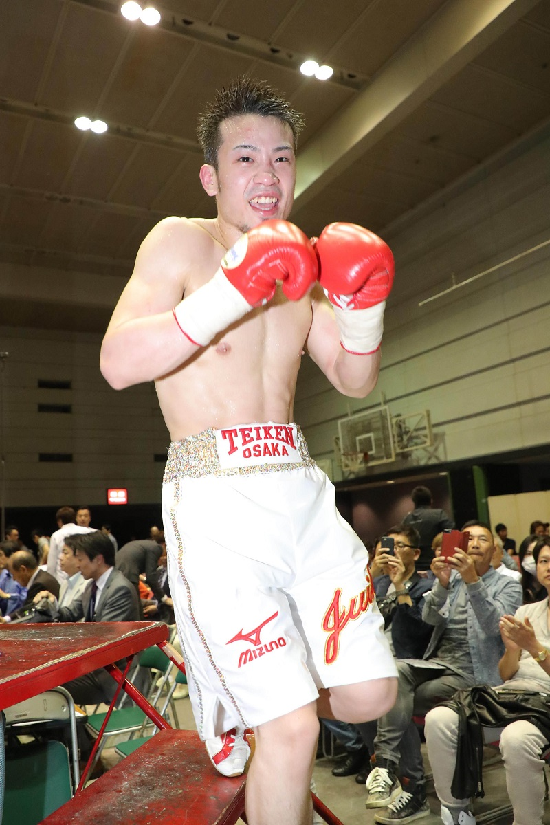 Junior featherweight Juiki Tatsuyoshi. Photo credit: Sports Hochi