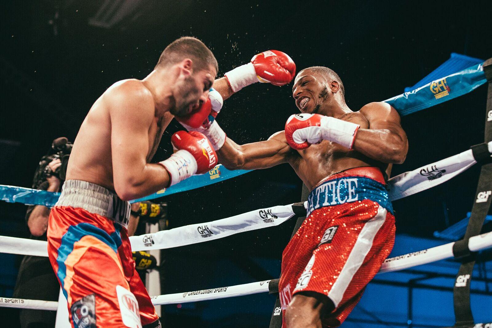 Lightweights Thomas Mattice (right) and Zhora Hamazaryan. Photo credit: Rosie Cohe/Showtime