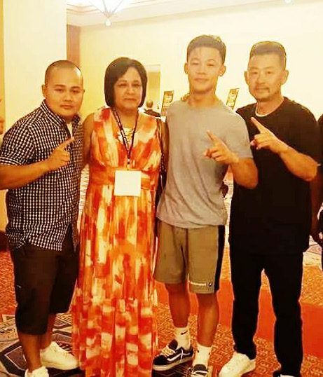 Welterweight prospect Brandon Lee (second from right) and family. Photo courtesy of the Lee family