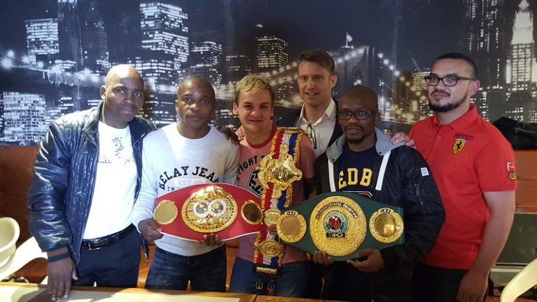 A special occasion for South Africa: Hekkie Budler receives The Ring junior flyweight belt