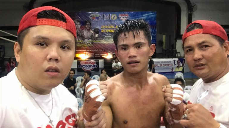 Christian Araneta finishes Jerry Tomogdan with scary one-punch KO in Philippines