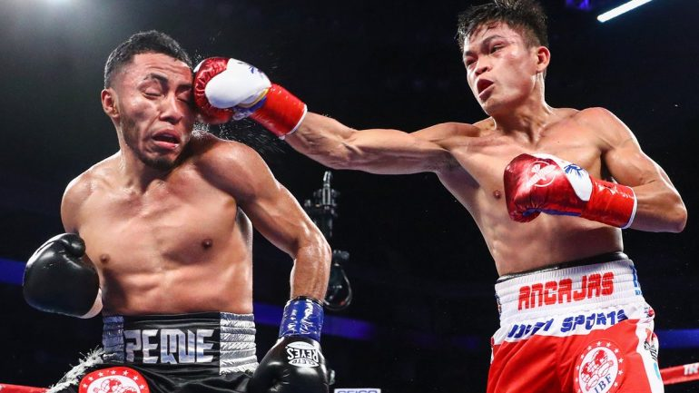 Alejandro Santiago gives Jerwin Ancajas all he can handle in IBF 115-pound title bout draw