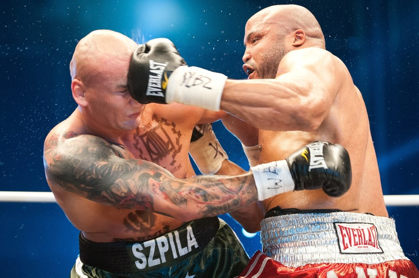 Artur Szpilka (left) vs. Jameel McCline. Photo credit: Łukasz Szeląg/East News