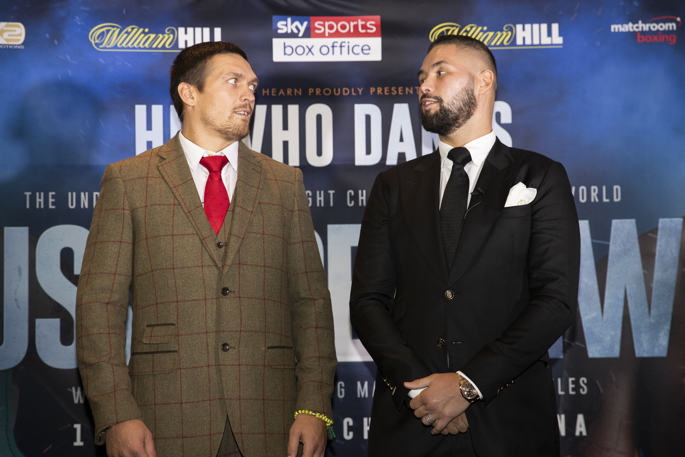 Undisputed cruiserweight champion Aleksandr Usyk (left) and Tony Bellew. Photo by Mark Robinson