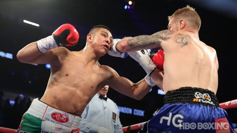 Jaime Munguia retains 154-pound title with third-round TKO of overmatched Brandon Cook