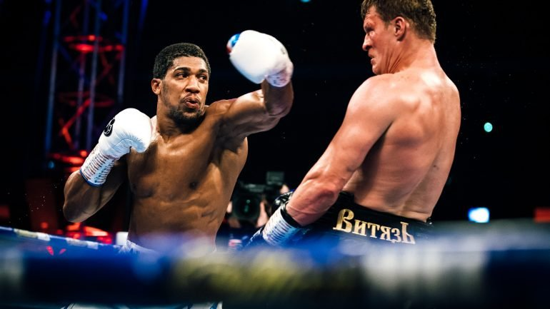 Anthony Joshua overcomes rocky moments to score TKO 7 of Alexander Povetkin in title tilt
