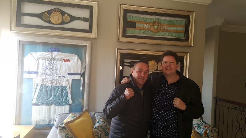 Former two-time junior lightweight titleholder Brian Mitchell (left) and Droeks Malan