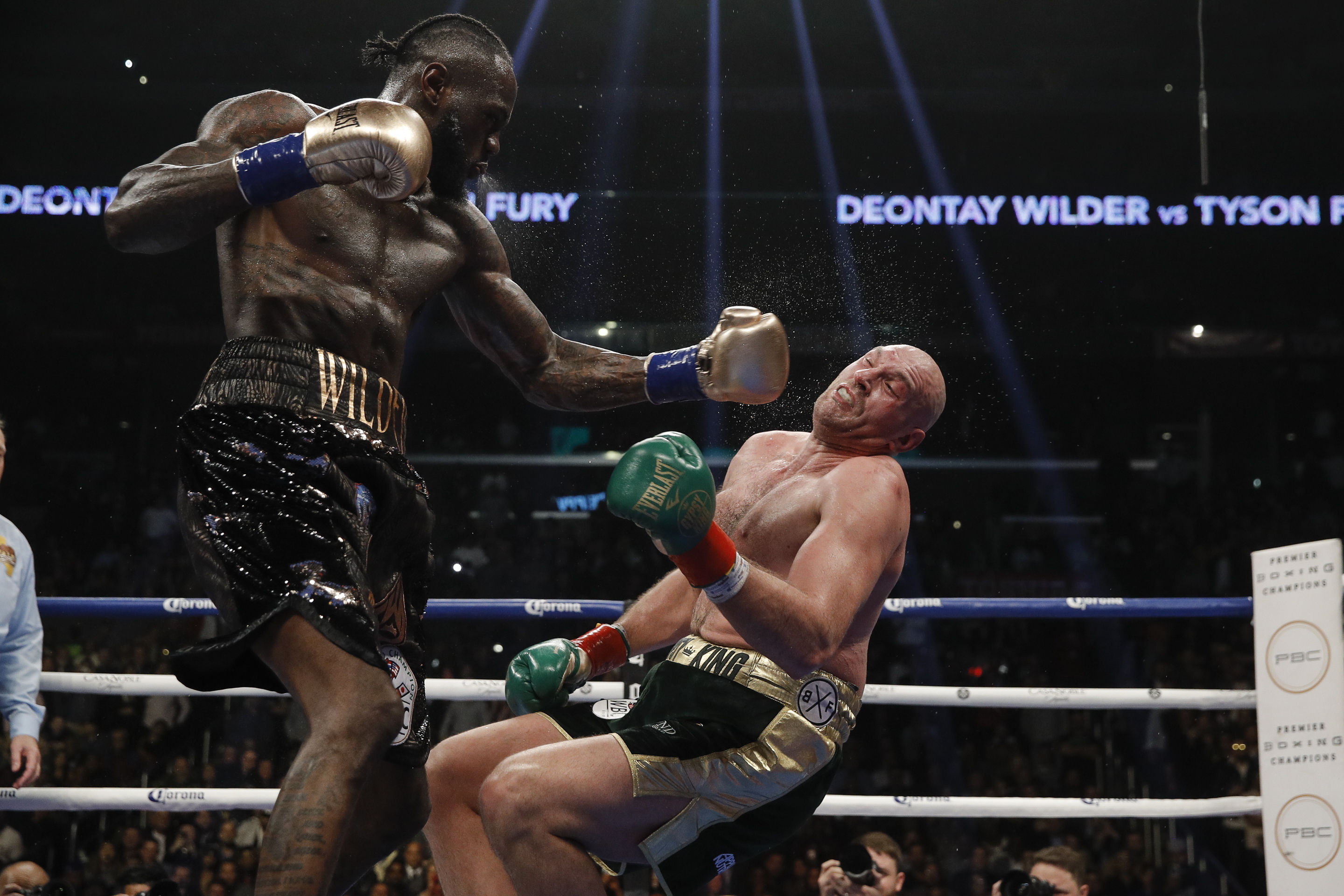 WBC heavyweight titlist Deontay Wilder (left) vs. lineal heavyweight champion Tyson Fury. Esther Lin/Showtime